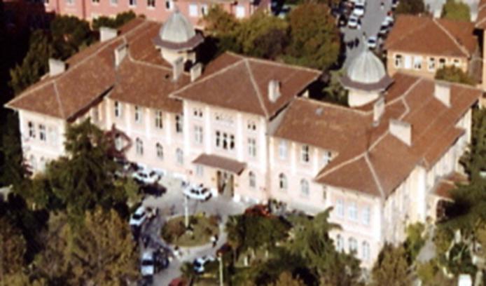 klinik-bina-ustten